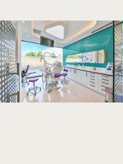 Dental Marmaris - Dr. Serkan und Sinem Çelebi - Kemal Seyfettin Elgin Bulvari Karacan Plaza No:54 Marmaris, Marmaris, 48700,