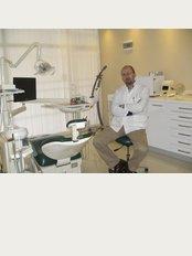Dr. Ufuk Kayhan - Belediye Meydani Babadan İş  Merkezi No 23 Yalikavak, Bodrum, Mugla, 48990,