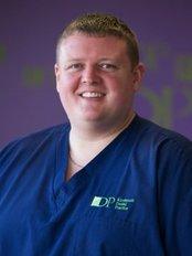 Kirriemuir Dental Practice - 120 Roods, Angus, Kirriemuir, DD8 4HQ,  0