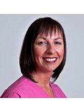 Roslyn Wiseman - Dental Nurse at Art of Dentistry