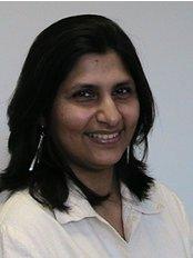 Dr Sunita Naidoo -  at De-ientes Bedford