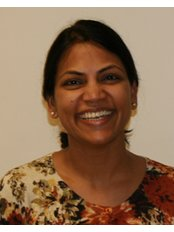 Dr Vanaja Rachha - Dentist at De-ientes Bedford
