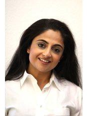 Dr Hema  Mistry - Principal Dentist at St. Peters Studio Dental Clinic
