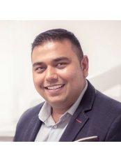 Dr Pritesh Raval - Dentist at Leagrave Dental Sedation Clinic