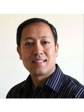 Nischal Vaidya - Dentist at Crowthorne Smiles Dental Practice