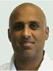 Dentalcare Group - Langley - 276 High Street, Langley, Slough, Berkshire, SL3 8HD,  0