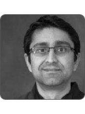 Dr Kashif Hafeez - Dentist at Imogen Dental-Berkshire