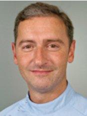 Dr Robert Oretti - Dentist at Pentangle Dental Transformation