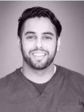Nine Mile Ride Dental Practice - Dental Surgery, Wokingham, Berkshire, RG40 4JD,  0