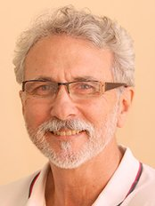 Dr Robert Broadley - Dentist at Woodlands Dental Practice