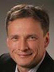 Dr Michael Stiller -  at CK Dental