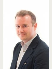 Queen Square Dental & Implant Clinic - 17 Queen Square, Bristol, BS1 4NH,