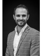 Dr Richard Field - Associate Dentist at Queen Square Dental & Implant Clinic