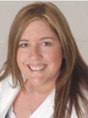 Old Amersham Dental Clinic - Dr Tracey Jarrett
