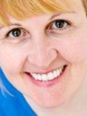 Dr Teresa Day, Associate Dentist - Dentist at Appledore Dental Clinic - Milton Keynes