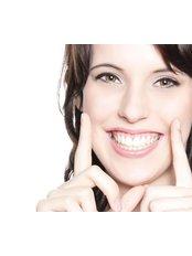 Veneers - Appledore Dental Clinic - Milton Keynes