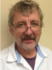 Dr Wlodzimierz Majnicz - Dentist at Beanhill Dental Practice