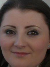 Mrs Emma  Naidoo - Dentist at Silveroaks Dental