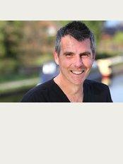 Dental Solutions Cheshire - Dr. Gavin Laidlaw