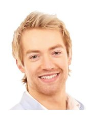 Dr Stephen Dodd - Dentist at Invisible Braces Manchester