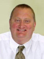 Windsor Place Dental Practice - Dr Gerard Bradshaw