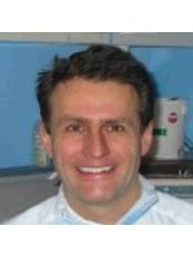 Park Chambers Dental Practice - Dr Ian Temple