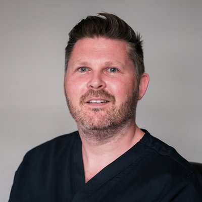 Dr Michael McManus