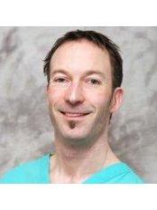 Dr Giles Saxon - Principal Dentist at Aspire Dental