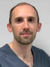 Mr Simon  Oldfield - Dentist at Ferndale House Dental Practice