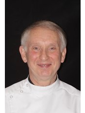 Mr Alan Jones - Associate Dentist at The Ripley Family Dental Centre