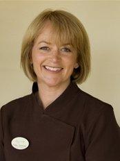 Smile Dental Centre - Dr Karen Cummings