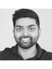 Dr Zak Kara - Dentist at Smile Kind