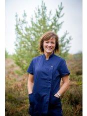Ulrika Skalberg - Dentist at Teeth on the Heath