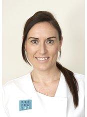Lucie Hainsworth - Dental Nurse at Perfect 32 Dental Practice