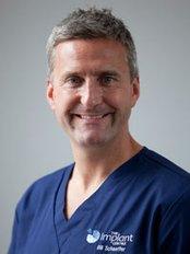 Dr Bill Schaeffer - Oral Surgeon at The Implant Centre - Brighton