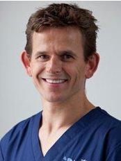 The Implant Centre - Brighton - Dr Guy Barwell