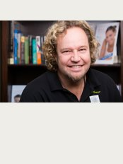 Dr Charl Chapman Dental Hutton - Carl Chapman