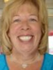 Mrs Linda Brown - Dental Auxiliary at Dr Charl Chapman Dental Hutton