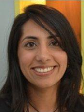 Ms Samira Fazel - Dentist at Dentaliving