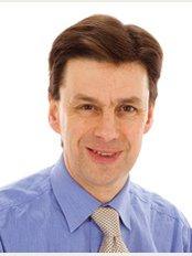 Colchester Dental Referral Centre - Mr Richard Hems