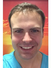 Dr Gareth Crowther - Dentist at Advance Dental Care