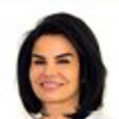 Dr Vida Kolahi