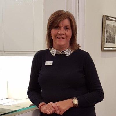 Mrs Julie King