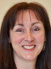 Dr Kate Mathews - Dentist at Cotswold Orthodontics