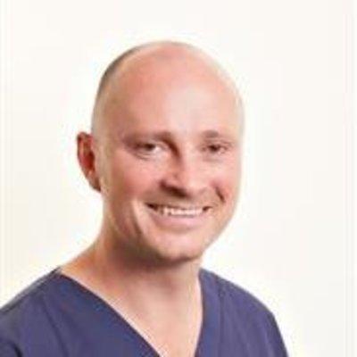 Dr Peter Workman