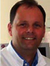 Dr Piotr Wieteska - Dentist at Lodwig Villa Dental Practice