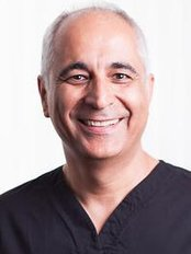 Mr Afshin Khalessi - Dentist at College Street Dental Centre