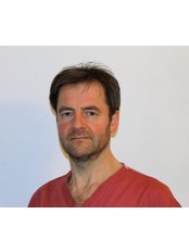 Dr Simon Moore - Oral Surgeon at UK Dental Specialists