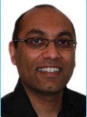 Dr Samir Shah - Dentist at Victoria Dental Clinic