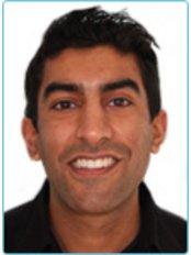 Dr Rumit Raja - Dentist at Victoria Dental Clinic